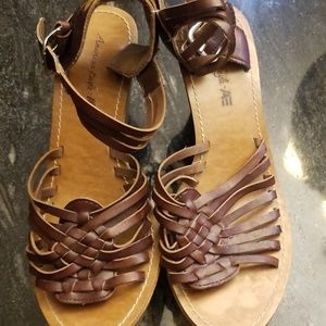 AE Sandals Brown Size 8.5